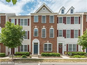 Photo of 42868 PAMPLIN TER, CHANTILLY, VA 20152 (MLS # LO10304844)