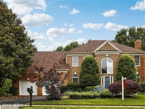 Photo of 9402 OAKINGTON DR, FAIRFAX STATION, VA 22039 (MLS # FX10261853)