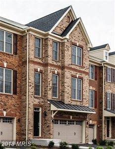Photo of 25013 CAMBRIDGE HILL TER, CHANTILLY, VA 20152 (MLS # LO10196872)