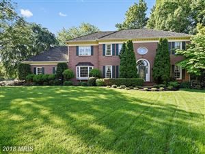 Photo of 9107 FOREST SHADOW WAY, FAIRFAX STATION, VA 22039 (MLS # FX10251894)