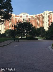 Photo of 5809 NICHOLSON LN #24, ROCKVILLE, MD 20852 (MLS # MC10034896)
