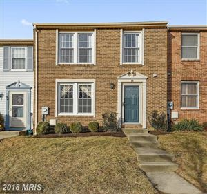 Photo of 36 VALLEY PARK CT, DAMASCUS, MD 20872 (MLS # MC10136896)