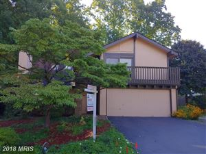 Photo of 5919 VERANDA DR, SPRINGFIELD, VA 22152 (MLS # FX10321901)