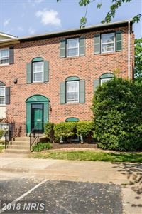 Photo of 6325 MAYAPPLE PL, ALEXANDRIA, VA 22312 (MLS # FX10237907)