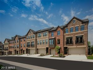 Photo of GOLDENWAVE CT, FAIRFAX, VA 22031 (MLS # FX10226935)