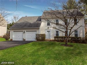 Photo of 4 CHANCELET CT, ROCKVILLE, MD 20852 (MLS # MC10137942)