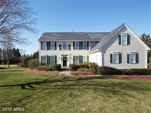Photo of 14 GREY PEBBLE CT, DARNESTOWN, MD 20874 (MLS # MC10195950)