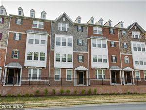 Photo of 735 COBBLER PL, GAITHERSBURG, MD 20877 (MLS # MC10301970)