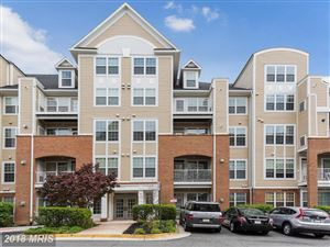 Photo of 2711 BELLFOREST CT #305, VIENNA, VA 22180 (MLS # FX10216998)