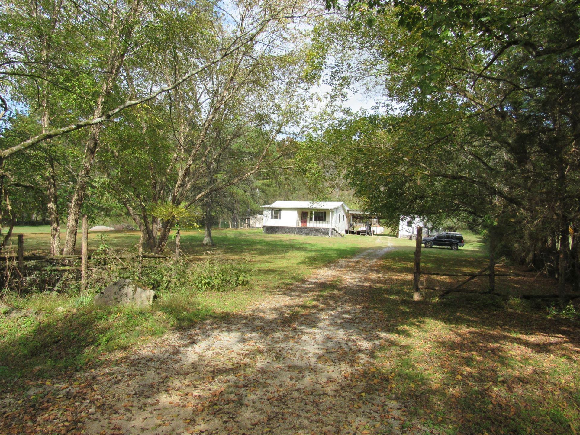Photo of 826 Hanna Rd, Prospect, TN 38477 (MLS # 2201001)