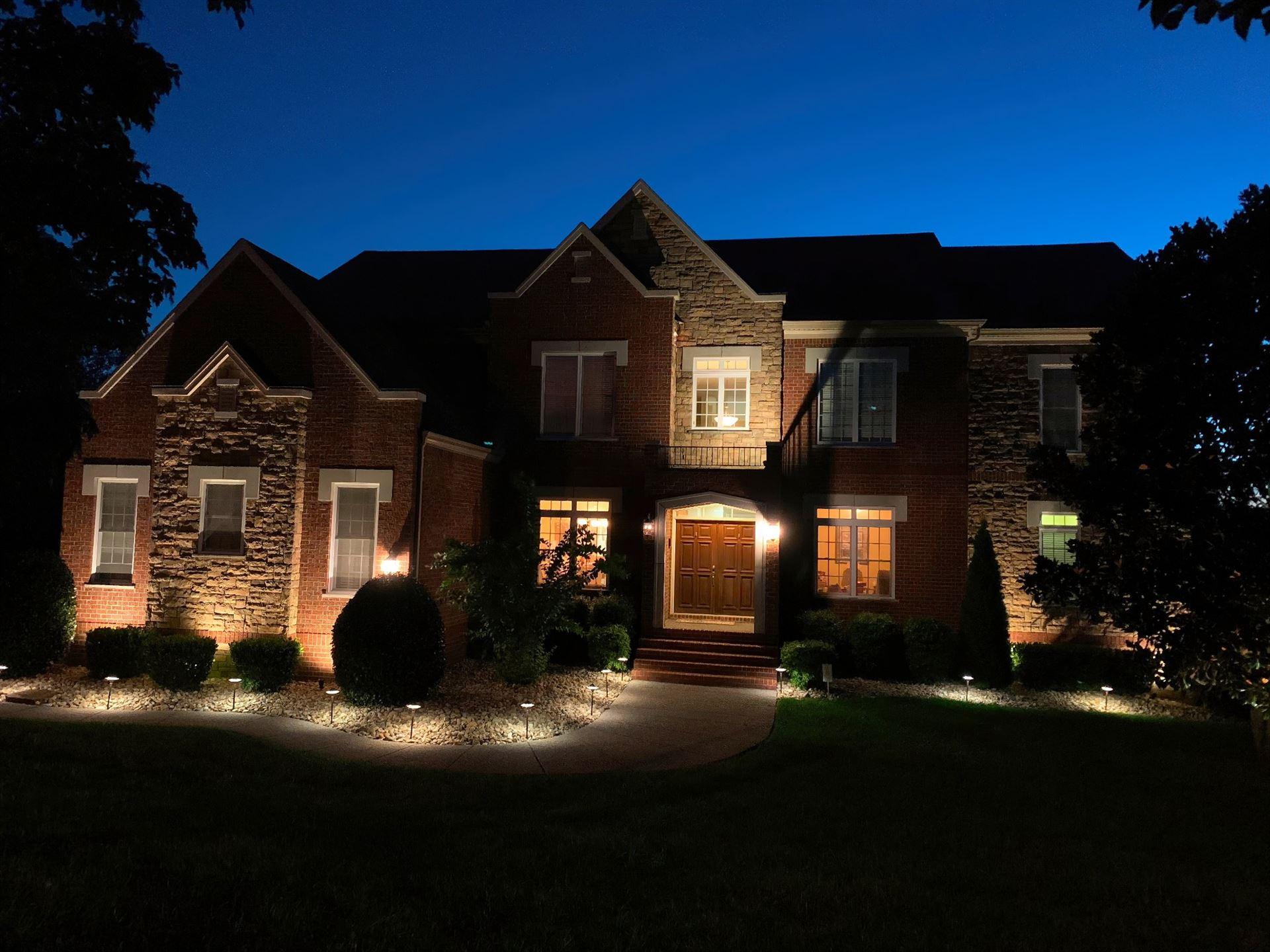 Photo of 6876 Walnut Hills Dr, Brentwood, TN 37027 (MLS # 2288001)