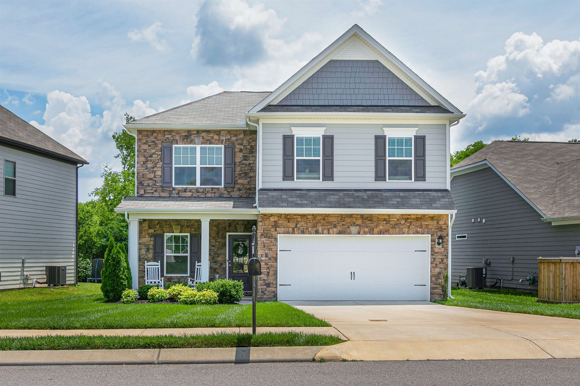 Photo of 928 Carnation Drive, Spring Hill, TN 37174 (MLS # 2263005)