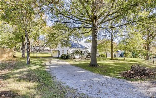 Photo of 807 Gwynn Dr, Nashville, TN 37216 (MLS # 2231009)