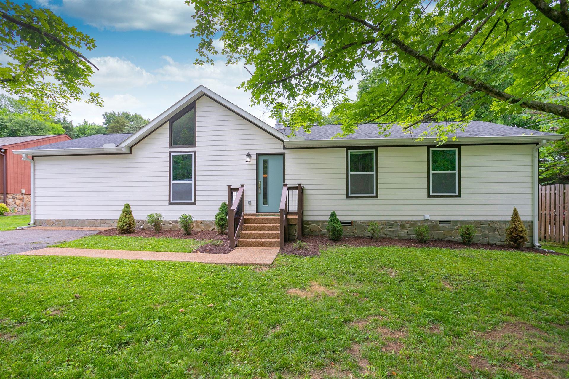 Photo of 657 Mercer Dr, Hermitage, TN 37076 (MLS # 2261022)