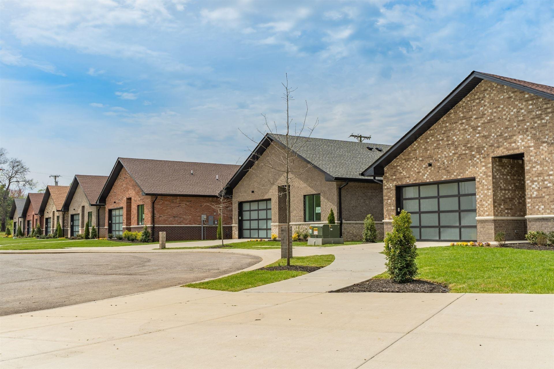 105 Clubhouse Bay, Hendersonville, TN 37075 - MLS#: 2302025