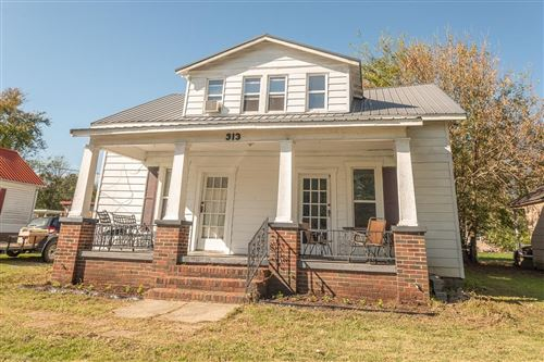 Photo of 313 E Hogan St, Tullahoma, TN 37388 (MLS # 2210027)
