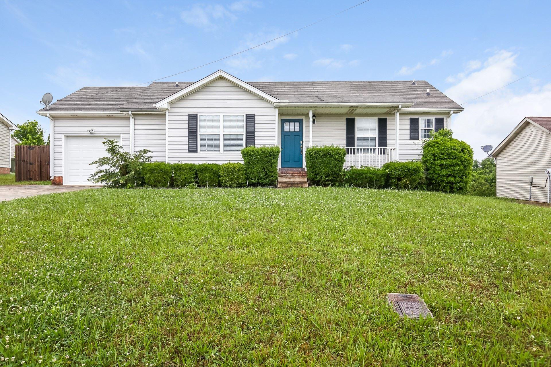 1324 Burchett Dr, Clarksville, TN 37042 - MLS#: 2261027