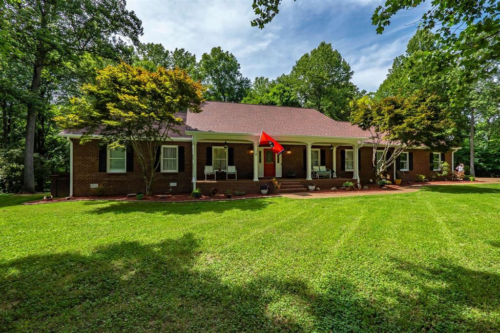 Photo for 5908 Shelby Ln, Franklin, TN 37064 (MLS # 2053029)
