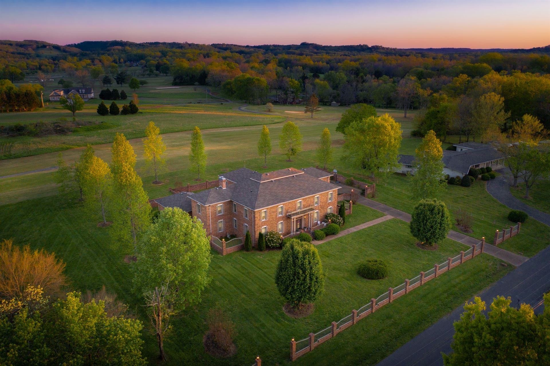 361 River Bend Country Club Rd, Shelbyville, TN 37160 - MLS#: 2142030