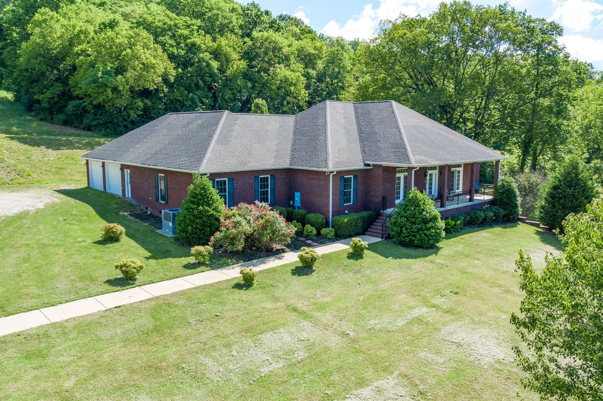 2524 Tom Fitzgerald Rd, Columbia, TN 38401 - MLS#: 2162036