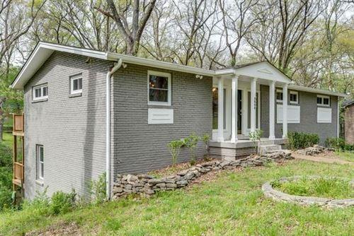 Photo of 5806 Vine Ridge Dr, Nashville, TN 37205 (MLS # 2122041)