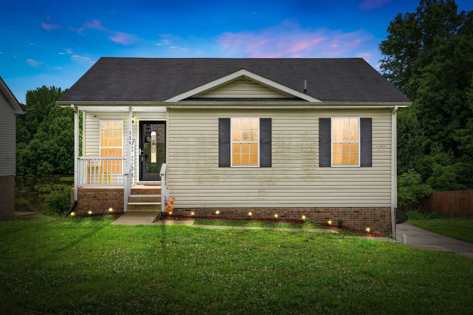 334 Donna Dr, Clarksville, TN 37042 - MLS#: 2262048