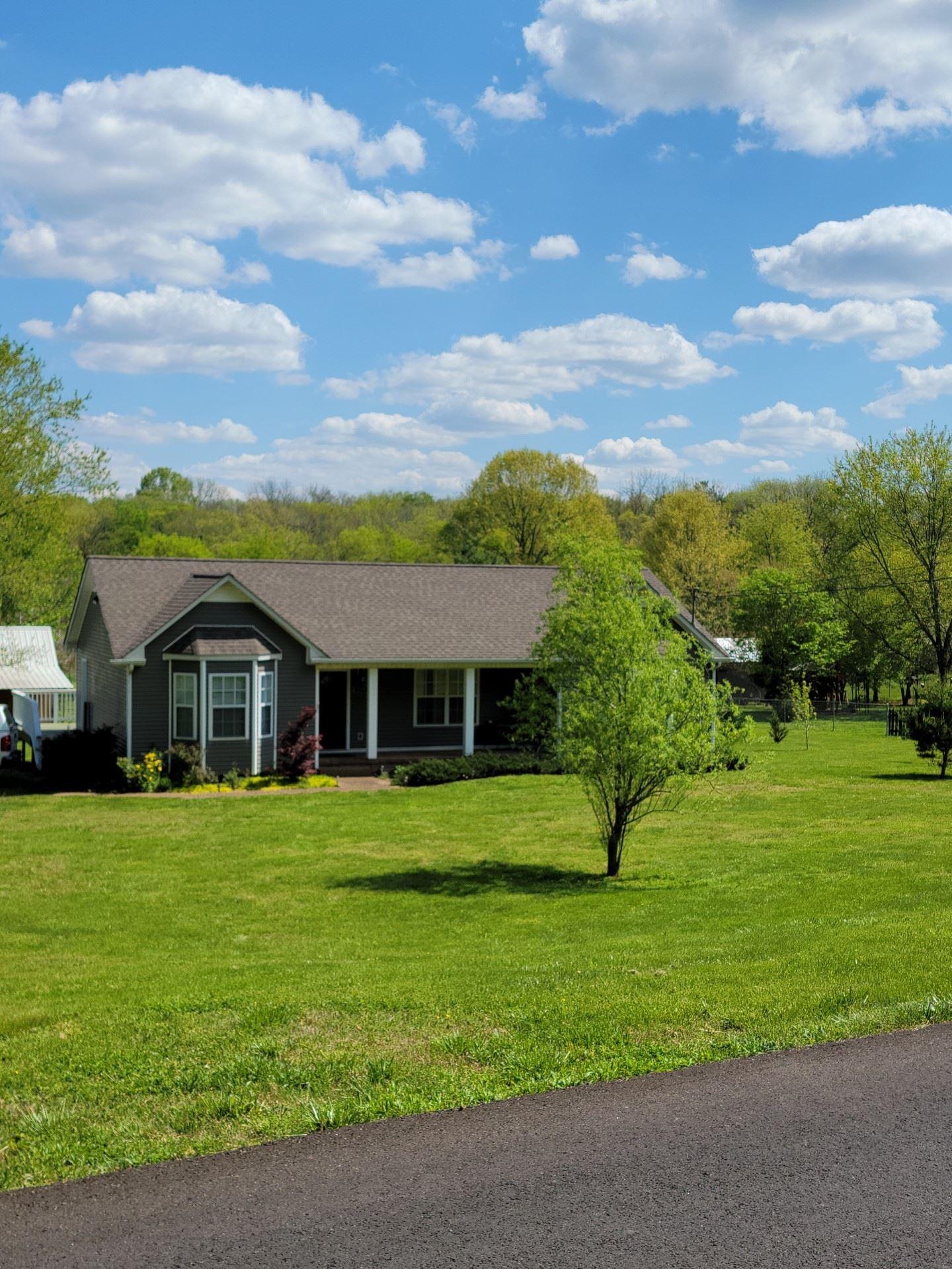 Photo of 2314 Pumpkin Creek Ln, Spring Hill, TN 37174 (MLS # 2246049)