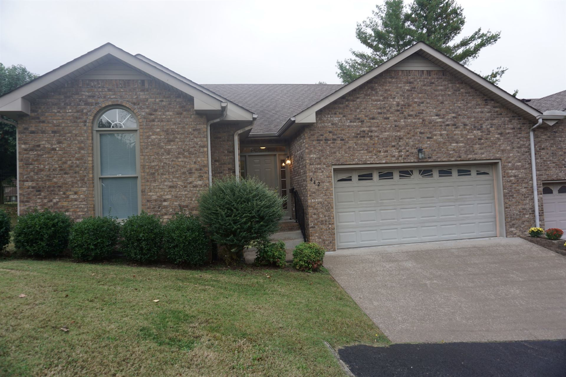 442 Country Club Ct, Clarksville, TN 37043 - MLS#: 2201050
