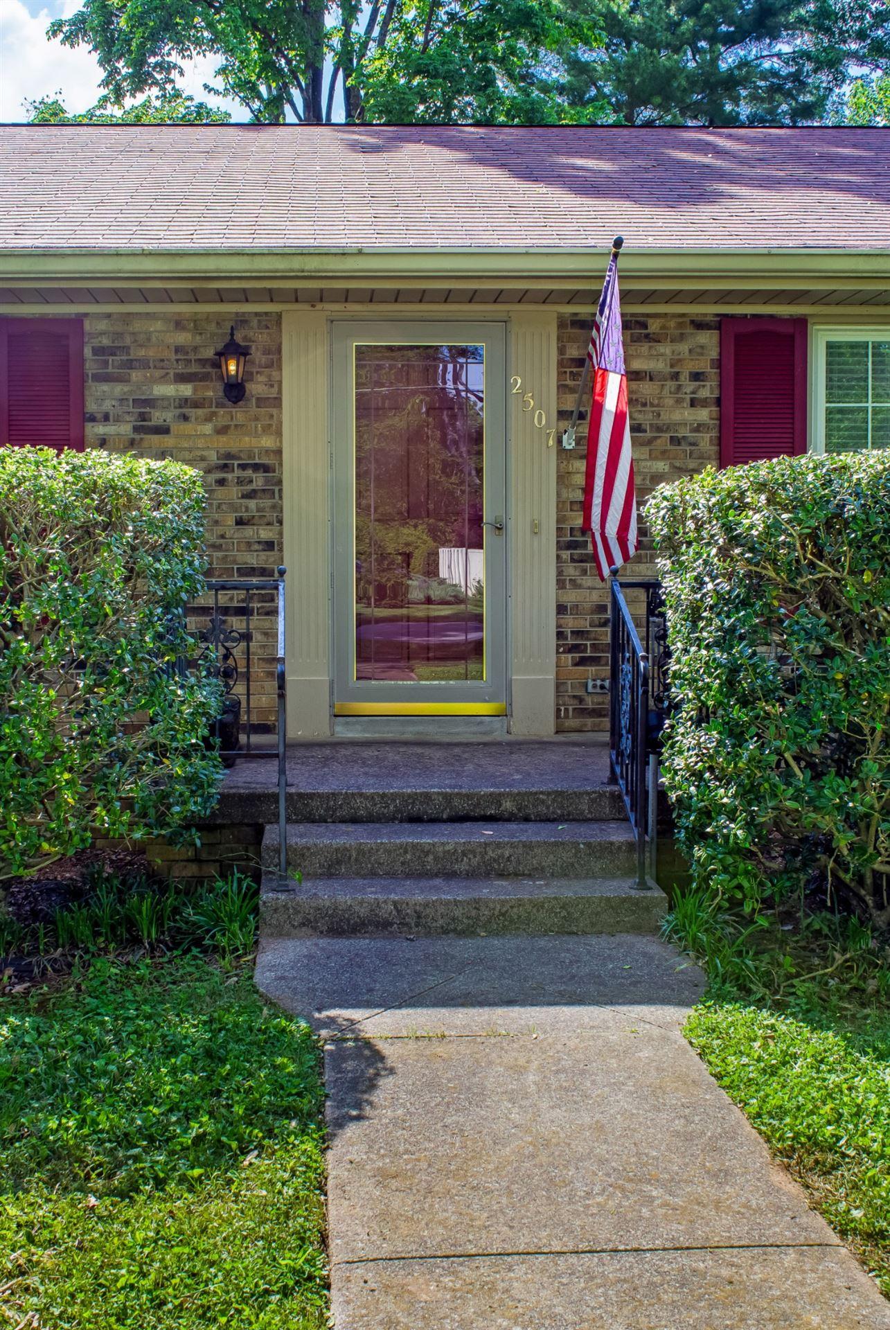 Photo of 2507 Gilbert St, Murfreesboro, TN 37129 (MLS # 2250052)
