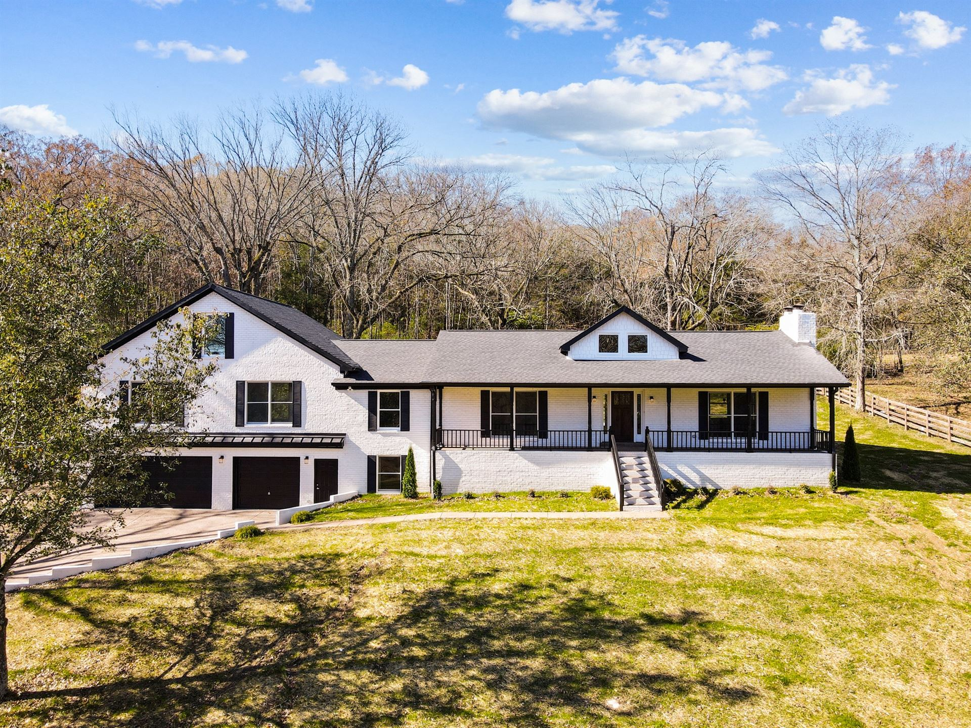 Photo of 505 Franklin Rd, Franklin, TN 37069 (MLS # 2221056)