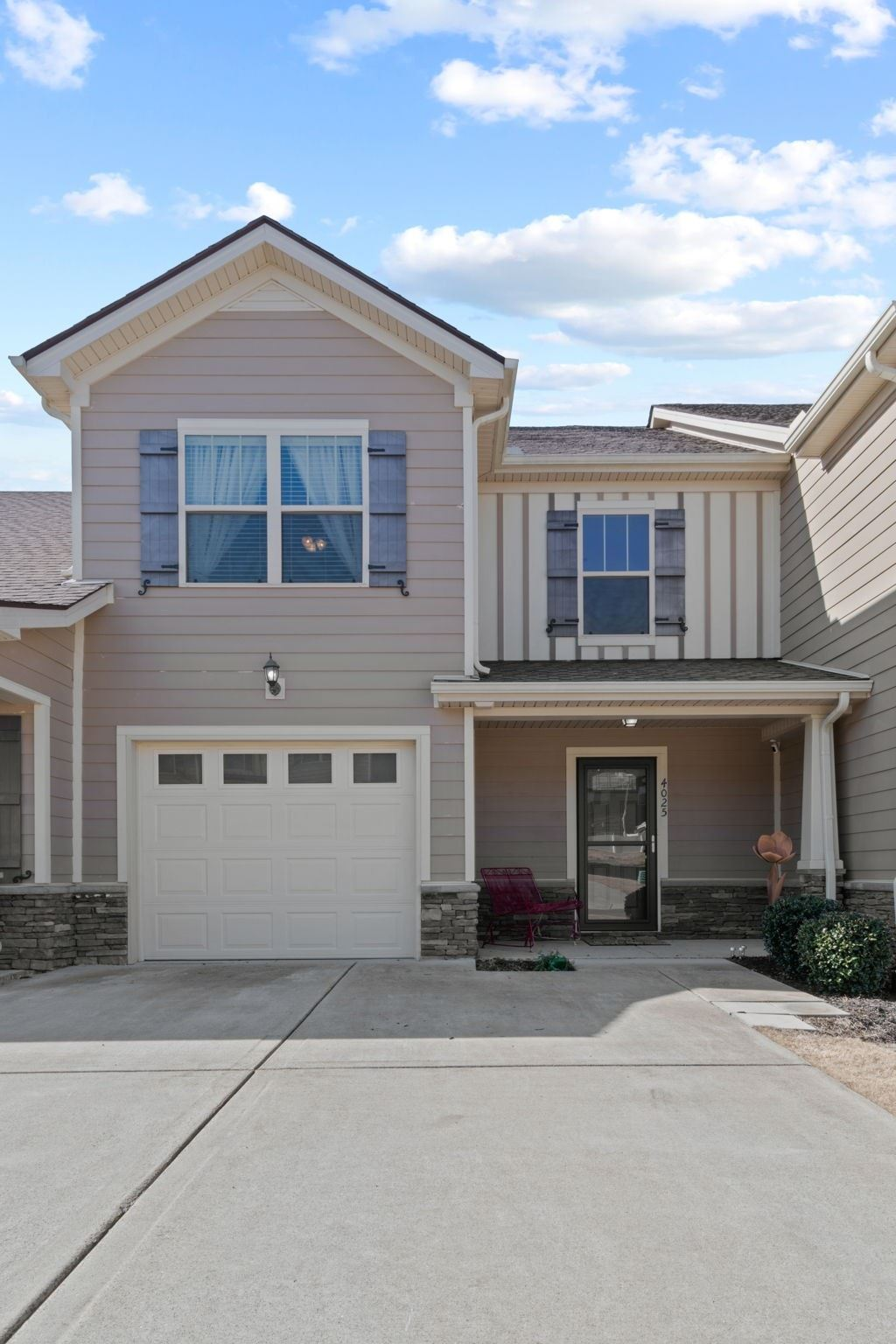 Photo of 4025 Commons Dr, Spring Hill, TN 37174 (MLS # 2222056)