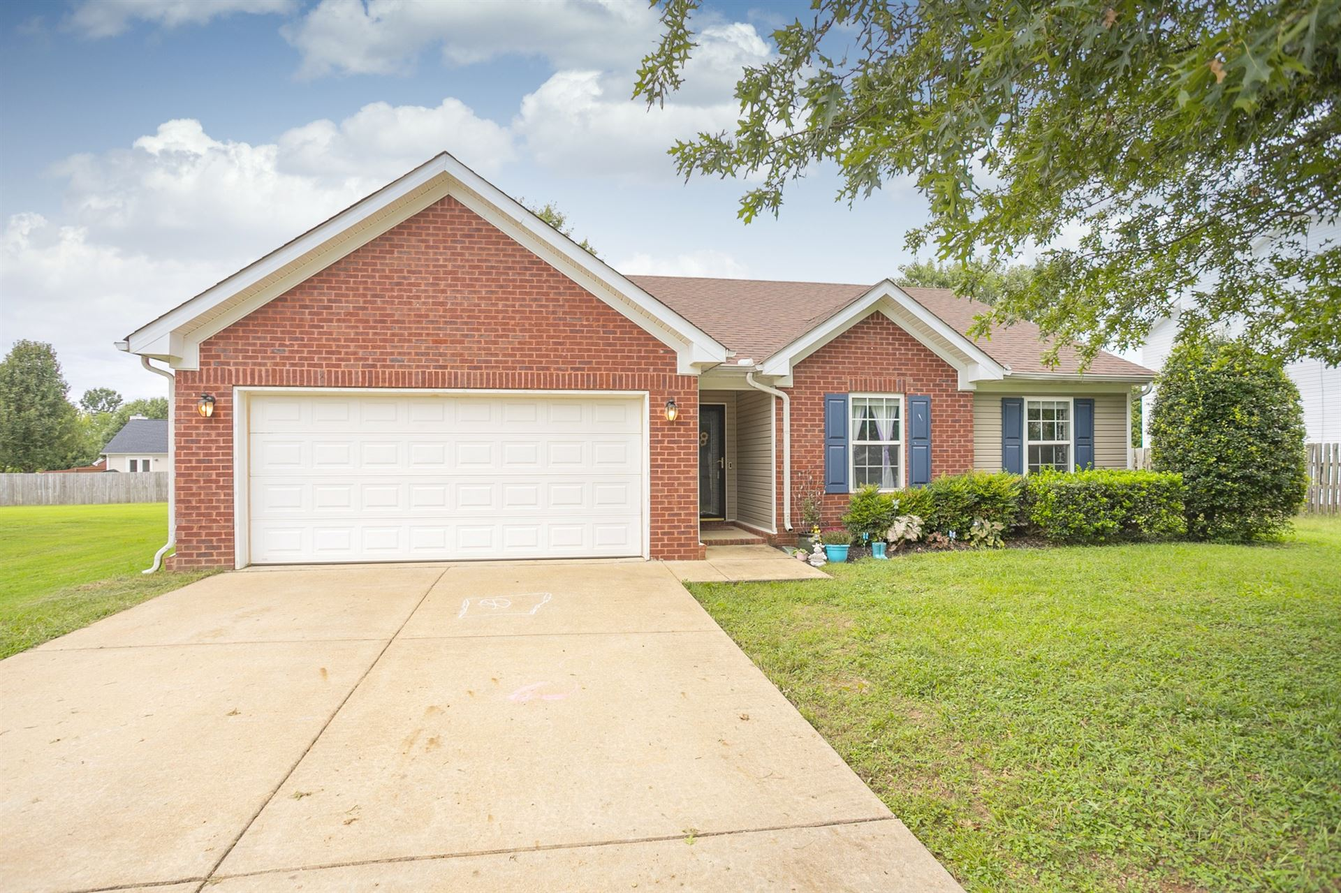Photo of 2213 New Port Dr, Spring Hill, TN 37174 (MLS # 2190059)