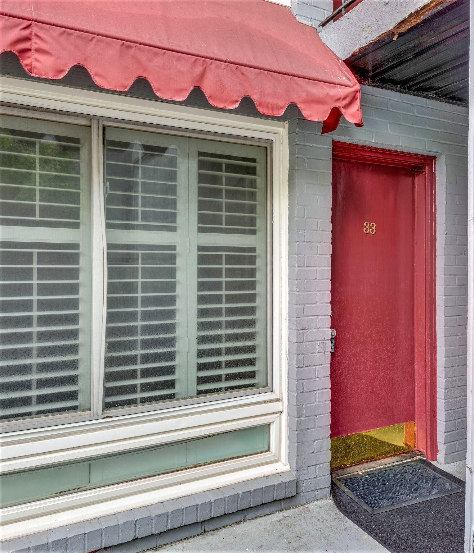 Photo of 201 Acklen Park Dr #33, Nashville, TN 37203 (MLS # 2293061)