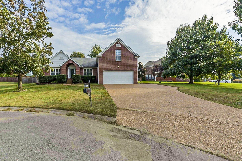 Photo of 3104 Thornberry Cir, Spring Hill, TN 37174 (MLS # 2298066)
