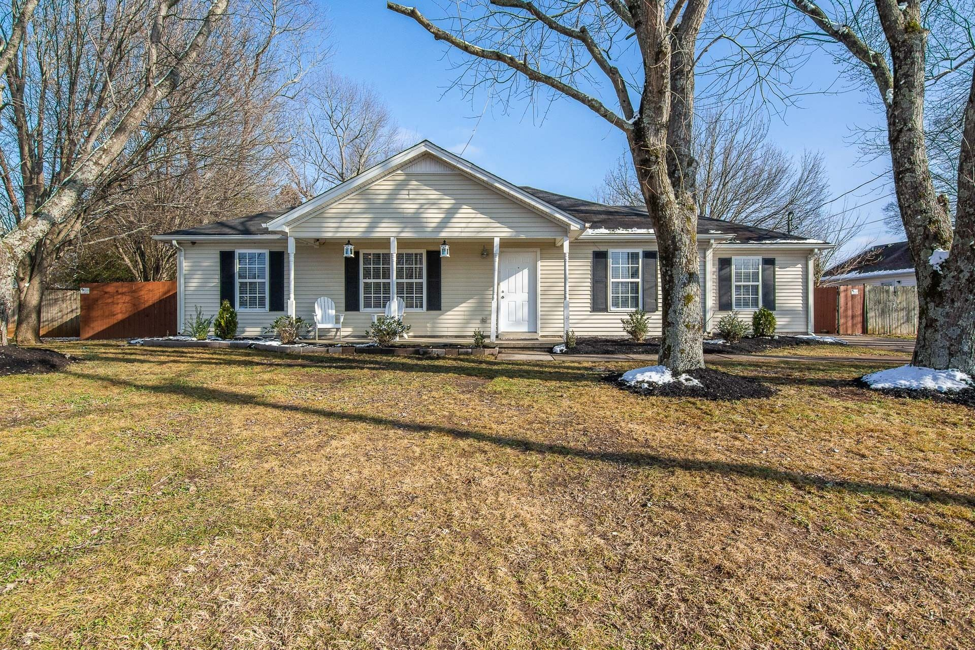 2013 Holbeach Dr, Murfreesboro, TN 37130 - MLS#: 2220068