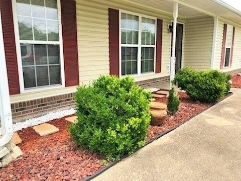 Photo of 463 Monarch Ct, Clarksville, TN 37042 (MLS # 2263070)