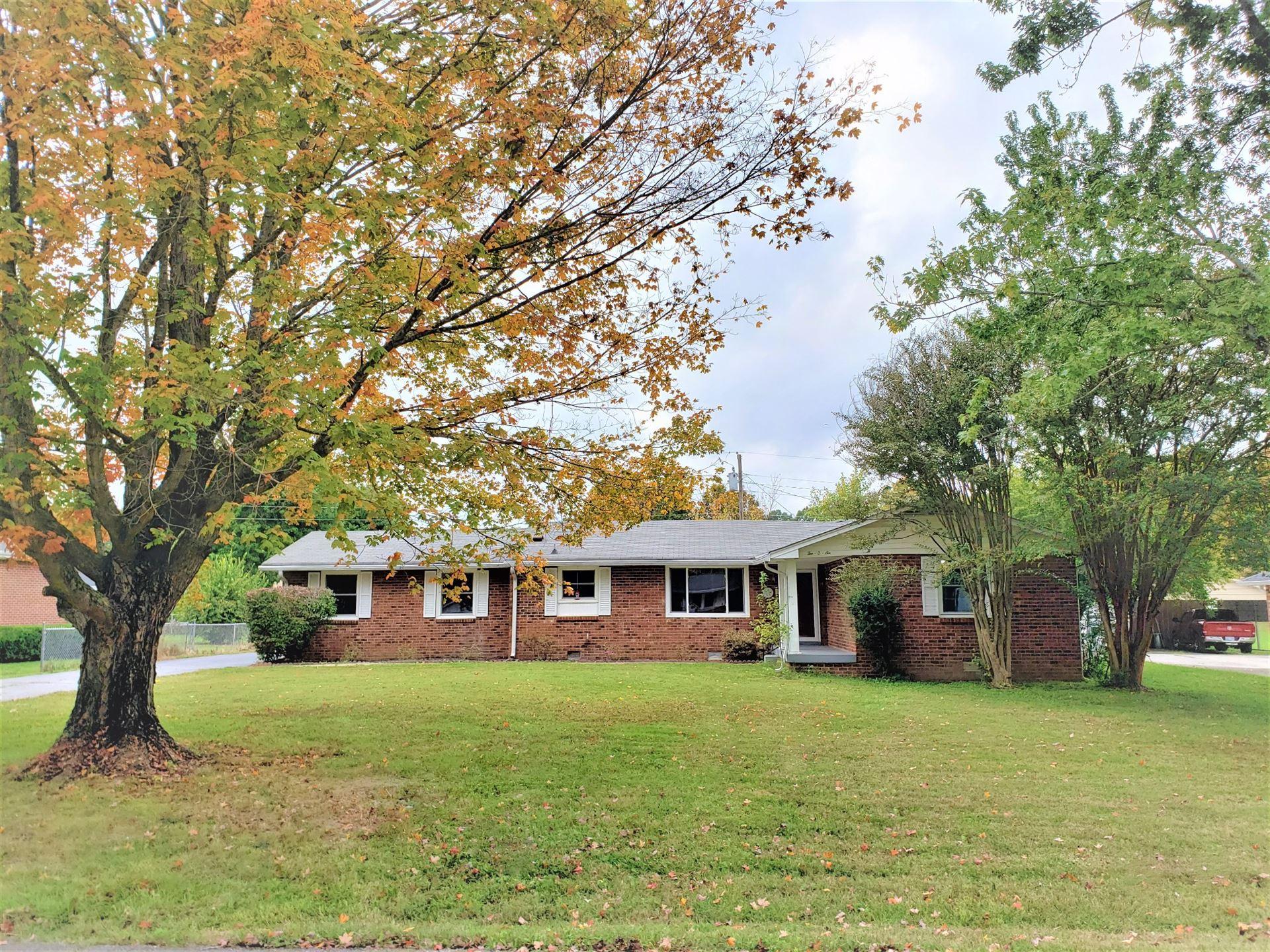 206 W Hills Ter W, Dickson, TN 37055 - MLS#: 2198070