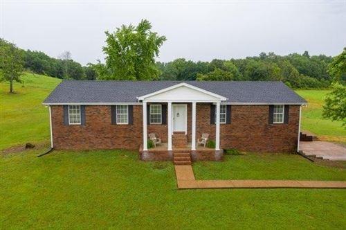 Photo of 420 Henry Harris Rd, Westmoreland, TN 37186 (MLS # 2195074)