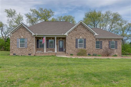 Photo of 225 Sunnyside Dr, Chapel Hill, TN 37034 (MLS # 2139076)