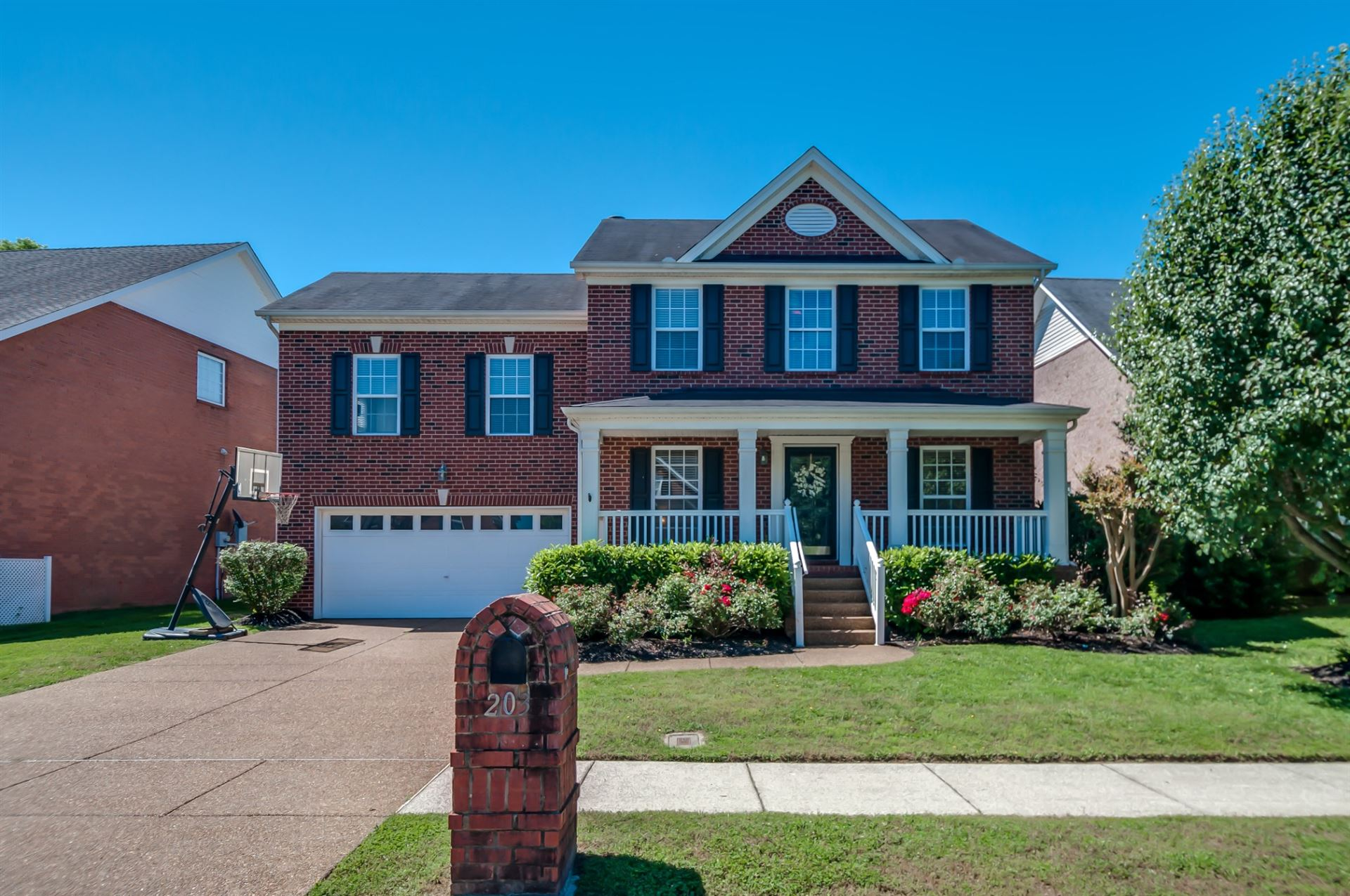 Photo of 203 Camellia Ct, Franklin, TN 37064 (MLS # 2156079)