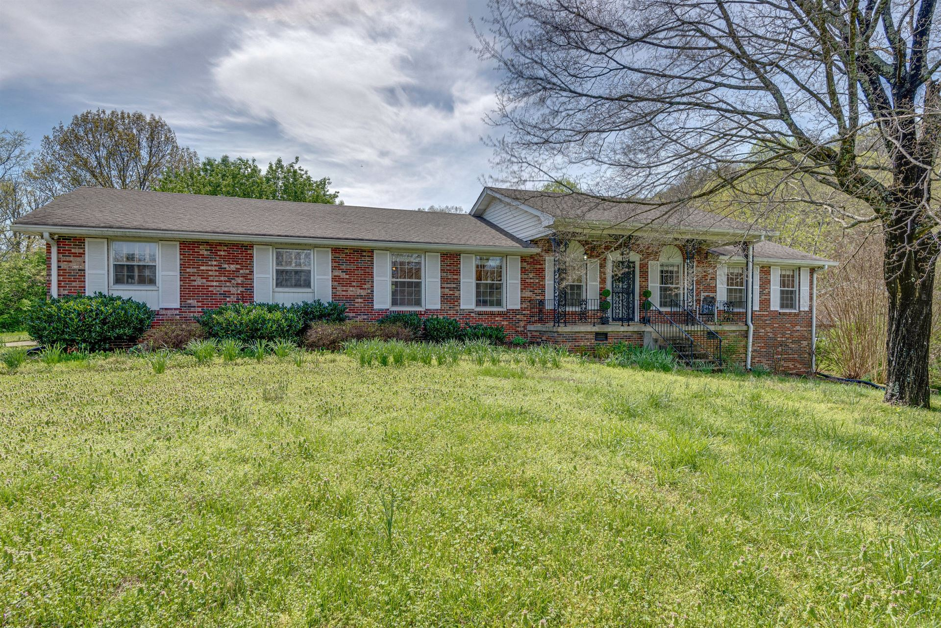 Photo of 1301 Ashby Dr, Brentwood, TN 37027 (MLS # 2137083)