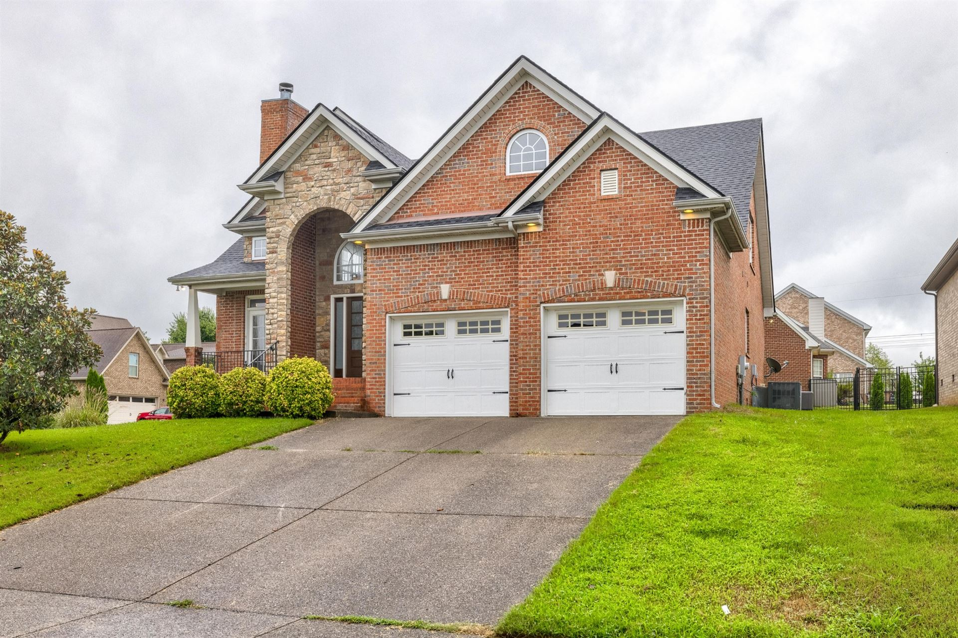 Photo of 2027 Sunflower Dr, Spring Hill, TN 37174 (MLS # 2287085)