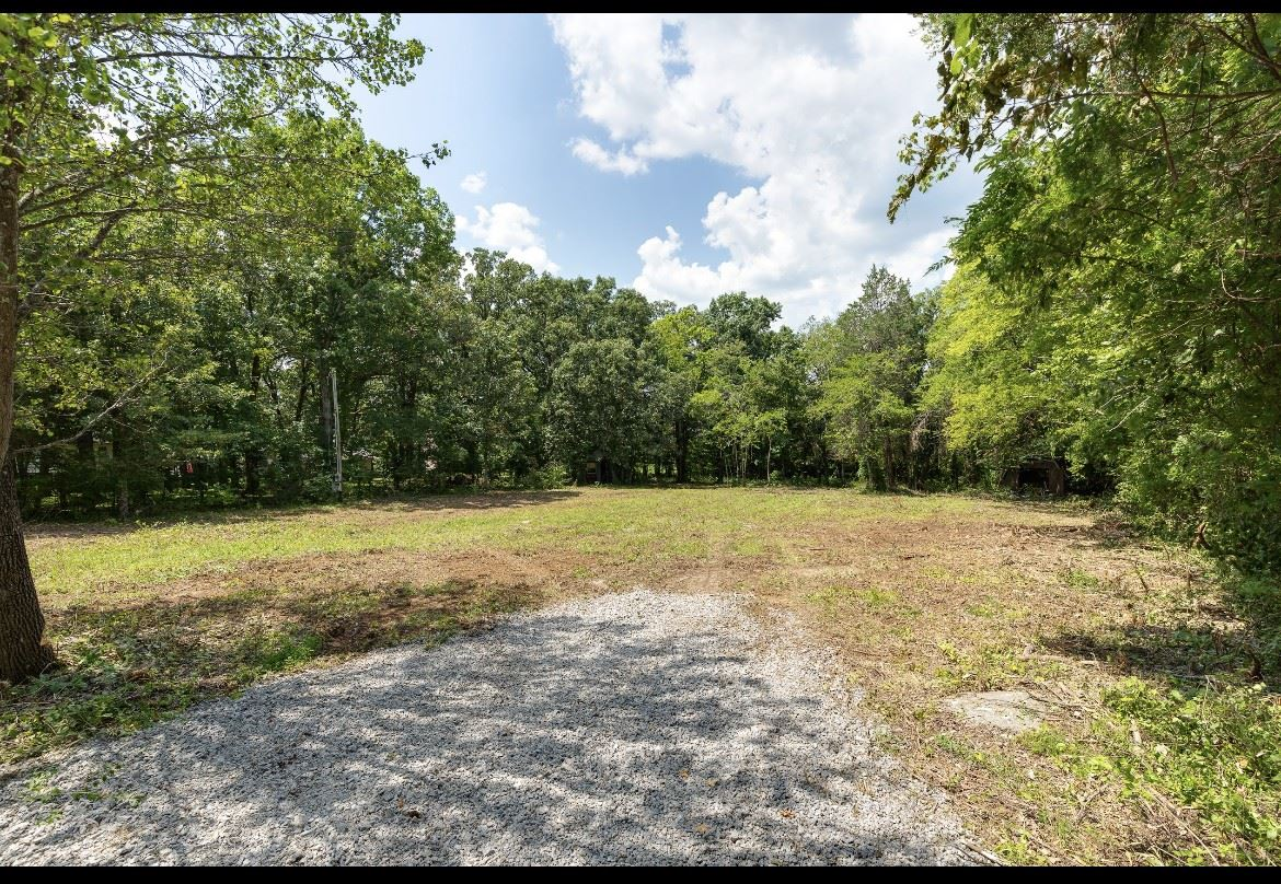 Photo of 1121 Waller Rd, Brentwood, TN 37027 (MLS # 2276090)