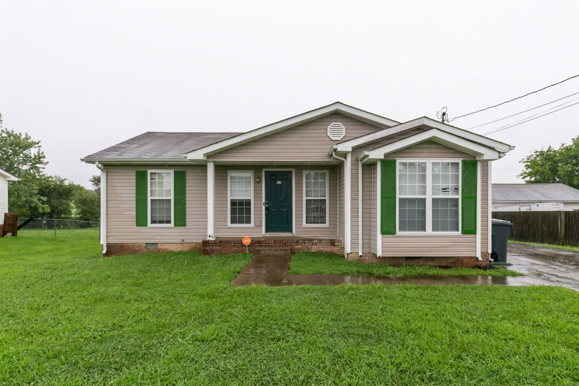 917 Van Buren Ave, Oak Grove, KY 42262 - MLS#: 2285094