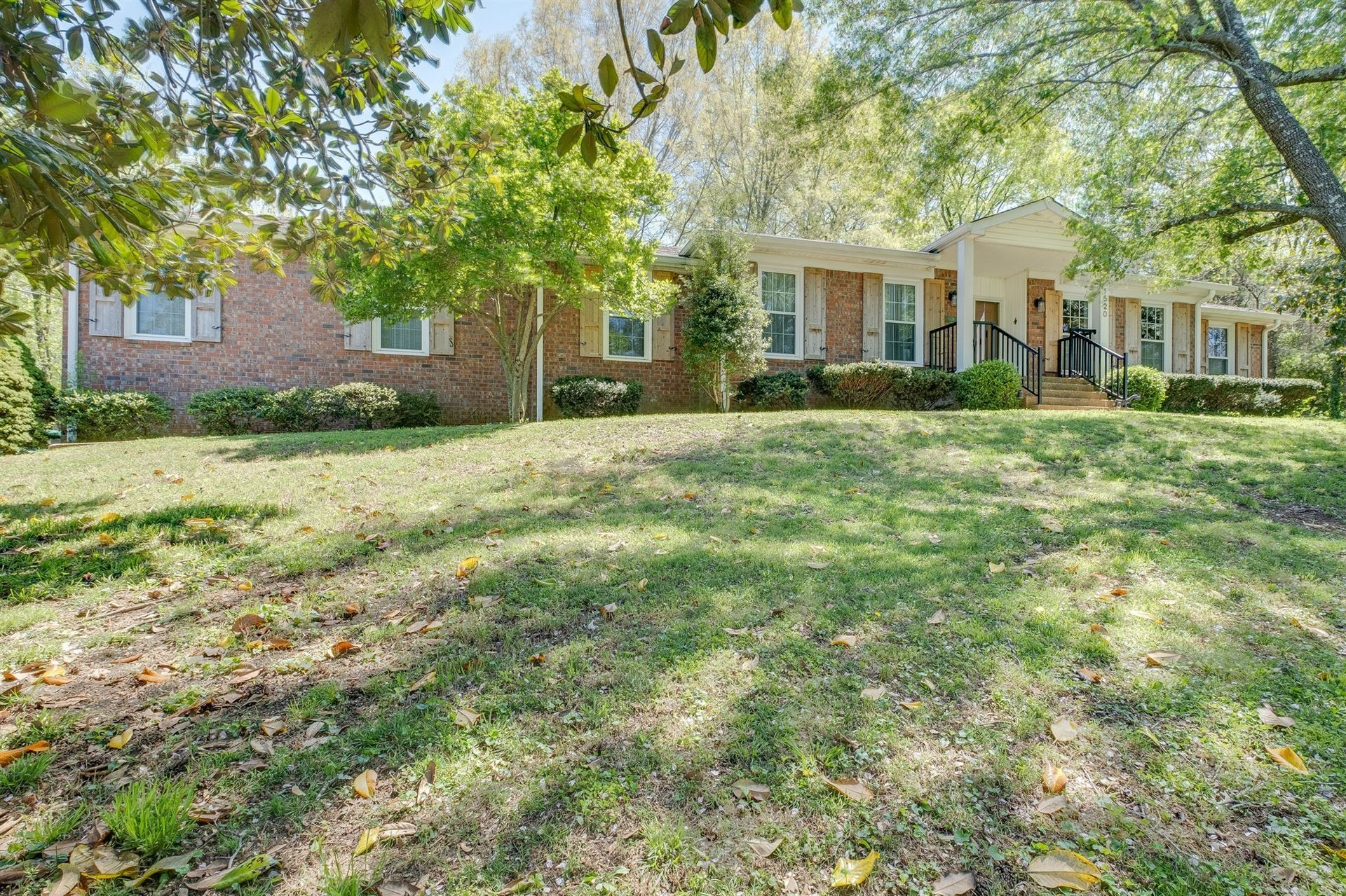 Photo of 1520 Puryear Pl, Brentwood, TN 37027 (MLS # 2150095)