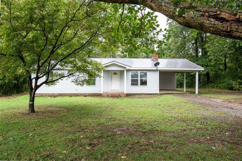 Photo of 220 Walker Ford Rd, Fayetteville, TN 37334 (MLS # 2194096)