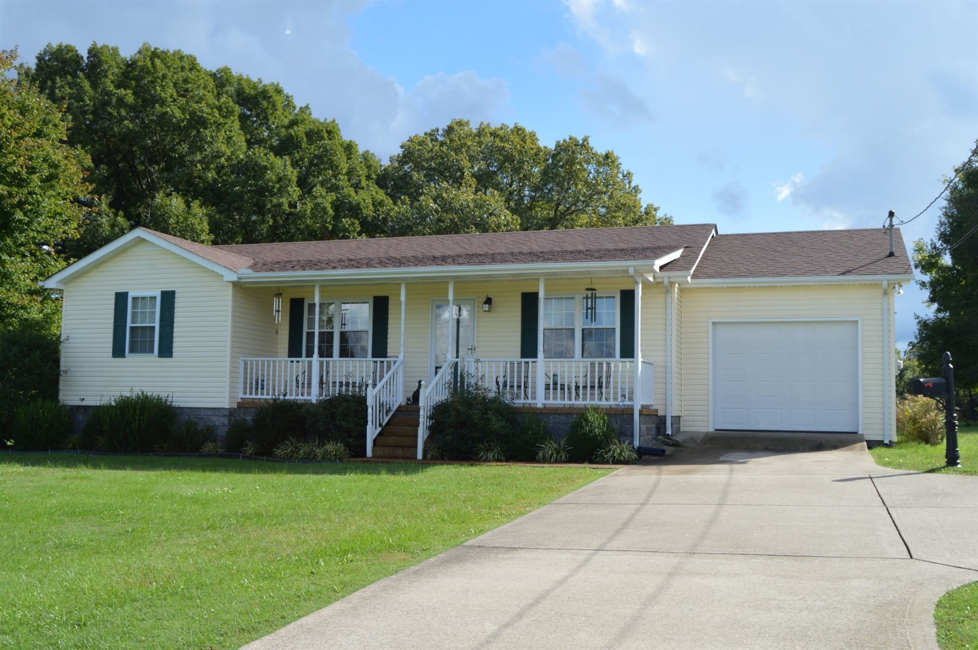 1955 MOBLEY LANE, Erin, TN 37061 - MLS#: 2298103