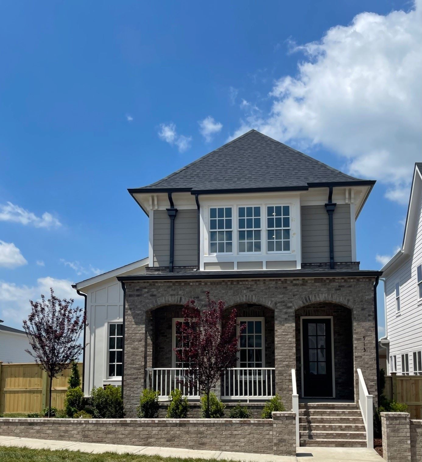 Photo of 913 Horizon Drive, Franklin, TN 37064 (MLS # 2221111)