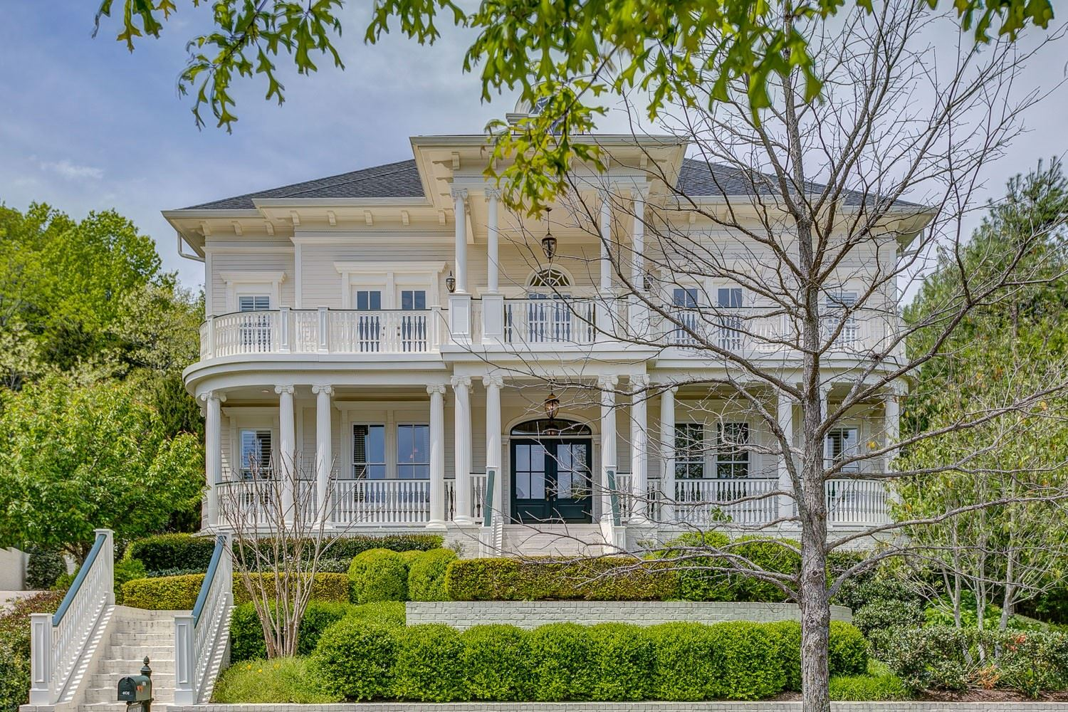Photo of 401 Wild Elm St, Franklin, TN 37064 (MLS # 2143113)