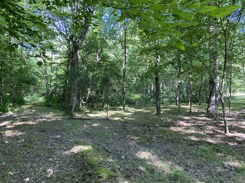 Photo of 512 Slippery Rd, Hohenwald, TN 38462 (MLS # 2153123)